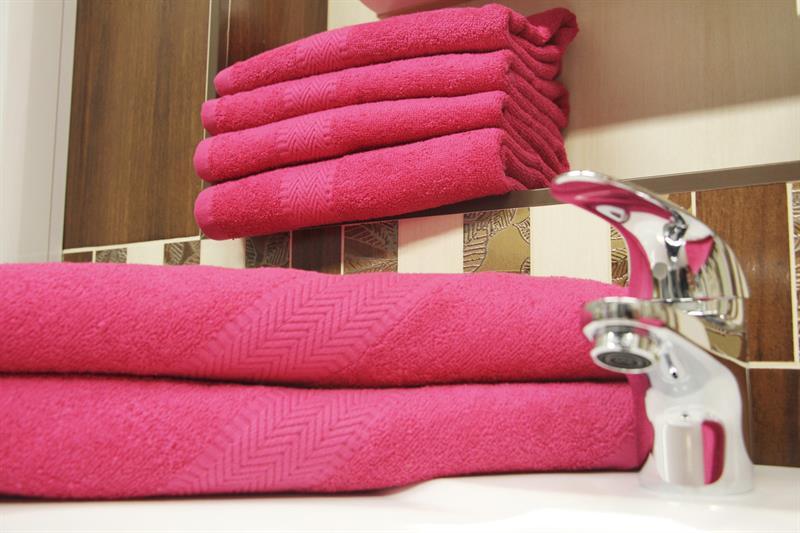 Froté osuška tmavě růžová 70x140 cm, 100% bavlna