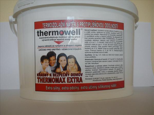Chcete ušetřit za vytápění, ale nechcete vyhazovat deseti nebo statisíce za zateplení? Trápí Vás plísně na stěnách nebo tepelné mosty ve stavebních konstrukcích? V tom případě máme pro Vás velmi jednoduché řešení v podobě termoizolační malby s označením THERMOMAX EXTRA. Termonátěr se nanáší válečkem, štětkou nebo stříkáním na stěny či stropy. S termoizolačním nátěrem ušetříte oproti běžným zateplovacím systémům až 80% z ceny pořizovacích nákladů.  Snižte tedy energetickou náročnost svých domů a bytů a šetřete náklady za vytápění, když je to tak jednoduché ! Venkovní i vnitřní použití. Možnost tónování do barevných odstínů..